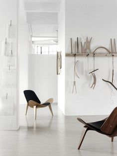 CH07 | Shell Chair, designed in 1963 by Hans J. Wegner for Carl Hansen & Søn. Get The Originals at www.2ndfloor.gr