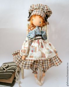 Коллекционные куклы ручной работы. Ярмарка Мастеров - ручная работа ...и в воздух чепчики бросали... интерьерная кукла. Handmade.