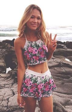 street style summer / floral print