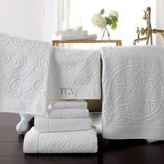 Luxury Bathroom Towels soft fluffy towel, especially our fast-drying, lightweight and super-absorbent ones.