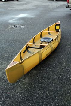 Western Canoeing and Kayaking: New Constructions for Clipper Solo Canoes Kevlar Canoe, Self Defense Techniques, Boat Stuff, Open Water, Boat Building, Winter Months, Paddle Boarding, Free Time, Models