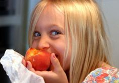 Did you know studies suggest that dietary changes may improve the symptoms of hyperactivity, inattention, and impulsivity in ADHD kids? Find out how to make your family´s diet ADHD-Friendly with these meal suggestions from ADDitude Magazine.