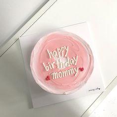 Pretty Birthday Cakes, Pretty Cakes, Beautiful Cakes, Happy Birthday, Mini Cakes, Cupcake Cakes, Korea Cake, Simple Cake Designs, Pastel Cakes