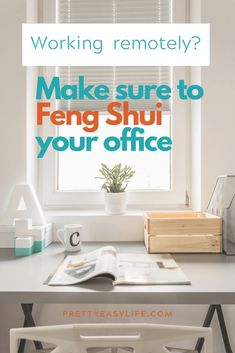 Home office tips with feng shui that are easy to incorporate and will boost the energy in you rhome office for more productivity and creativity Feng Shui Your Office, How To Feng Shui Your Home, Feng Shui Office Layout, Decorating Small Spaces, Decorating Your Home, Feng Shui History, Feng Shui Bedroom, Home Organization Hacks, Organizing