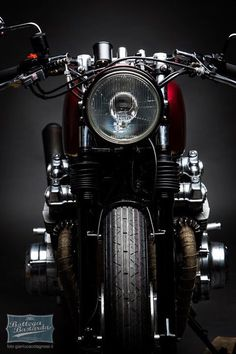 . Bmw Motorcycles, Custom Motorcycles, Custom Bikes, Motorcycle Couple, Motorcycle Tires, Enfield Motorcycle, Cb 450 Cafe Racer, Moto Wallpapers, Royal Enfield Wallpapers