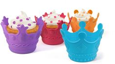 Bake your cupcakes with Aristocakes Crown Cupcake Holders to make royal cupcakes!