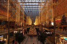 Kerstinkopen doen, hoe pak je dat aan? - http://www.planetfem.com/kerstinkopen-doen-hoe-pak-je-dat-aan/ De kerstperiode is weer aangebroken. Dat betekent dat er ook weer kerstinkopen gedaan moeten worden. Voor veel mensen is kerstcadeaus kopen nog helemaal niet zo eenvoudig. Hier volgen enkele tips, als je hier aan houdt dan wordt voor jou de kerst een groot succes. Veel mensen doen de...
