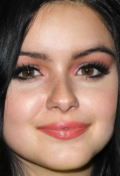 Close-up of Ariel Winter at the 2015 Just Jared Way to Wonderland event.