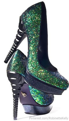 Oooohhhh.....love the green sparkly heels