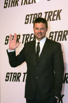 Star Trek - Karl Urban - Whenever I see Karl Urban making the Vulcan salute, I just have to pin it. It's, like, a *compulsion*.