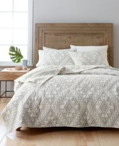Martha Stewart Collection Canyonlands Newspaper Cotton Embroidered King Quilt, Only at Macy's - Tan/Beige