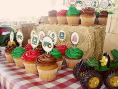 The Busy Budgeting Mama: Featured Client - Tractor Party Theme Printables