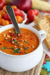 Roasted Sweet Corn and Tomato Soup - rich, creamy, and amazing it comes in at only 168 calories per serving