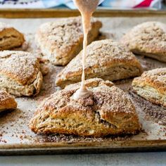 Cinnamon Sugar Crunch Scones - these taste like Panera Bread's cinnamon scones. They're studded with cinnamon chips topped with a glaze! Cinnamon Scones, Cinnamon Toast Crunch, Cinnamon Chips, Breakfast Scones, Breakfast Bake, Crunches Biscuits, Brunch Recipes, Dessert Recipes, Scone Recipes