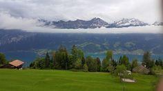 Schweiz - Blick auf Thuner und Brienzer See oberhalb von Beatenberg