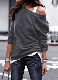 2018 New Fashion Women Blouse Casual one shoulder skew collar Long Sleeve Solid Cotton Shirt Top Tunic Blusas Mujer XL Size S Color Black Sweatshirt Femme, Mode Boho, Mode Outfits, Casual T Shirts, Casual Outfits, Casual Tops, Latest Fashion Trends, Fashion Ideas, Shirt Blouses