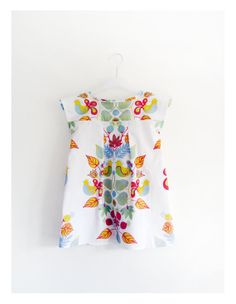 Summer white girl dress with printed birds and by GabardineCouture, 48.00