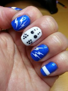 Tampa Bay Lightning Ready Let S Go Bolts By Tom My Crazy Nail Designs Mimi Nails Pinterest And