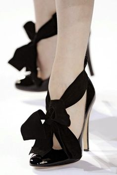 Dare to wear black wedding shoes?