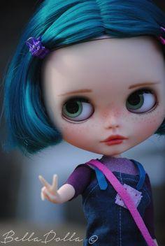 Dorine : Blythe OOAK custom by BellaDolla