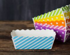 blue and white striped rectangle paper disposable loaf pans for baking, packaging, and popcorn picnic trays