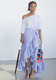 Jenna and our head women& designer Somsack share a few of their favorite moments from our NYFW presentation. Stylish Street Style, Comfortable Outfits, Petite Fashion, Beautiful Outfits, Spring Fashion, Summer Outfits, Summer Clothes, Fashion Outfits, Women's Fashion
