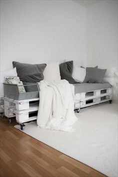 Top 20 Pallet Couch Ideas - DIY Pallet Sofa Designs | Pallet Furniture DIY                                                                                                                                                                                 More