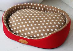A comfy pet bed in 4 sizes.