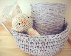 Cotton Cord, Crochet Diy, Crochet Things, Crochet Ideas, T Shirt Yarn, Crochet Designs, Handmade Toys, Merino Wool Blanket, Alter