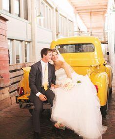 eephotome | chuck + hailey | ft worth wedding | dfw photographer | cute wedding photo ideas  | rustic wedding blog