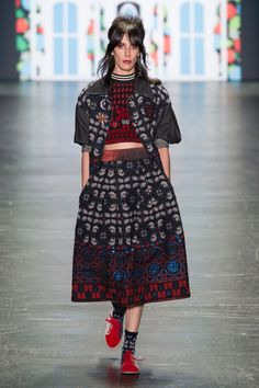 Anna Sui at New York Fashion Week Spring 2017 - Runway Photos