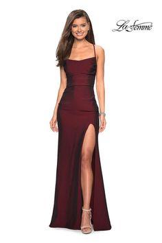 Pretty Prom Dresses, Homecoming Dresses, Beautiful Dresses, Sexy Dresses, Summer Dresses, Wedding Dresses, Casual Dresses, Red Dress Outfit Wedding, Prom Dreses
