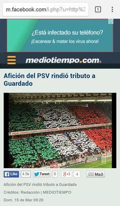 Afición del PSV rindió tributo a Andres Guardado