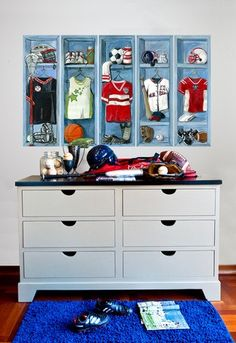 Sports Lockers Peel and Place Wall Stickers #rosenberryrooms
