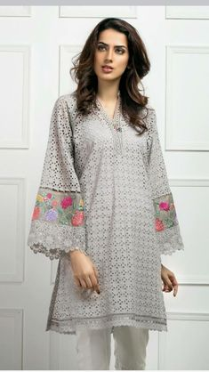 Pakistani Chiken Karie Kurta Size M Khaadi Limelight Sanasafinaz Pure White And Translucent Women's Clothing