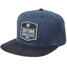 Snapback Caps besticken bei  Meine-Werbeartikel.com