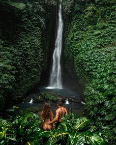Travel Insurance - Got You Covered Romantic Vacations, Dream Vacations, Lake Pictures, Photo Couple, Photos Voyages, Beautiful Places To Travel, Travel Aesthetic, Photo Instagram, Travel Couple