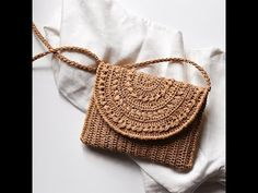 New Totally Free Crochet Bag raffia Thoughts Crochet Raffia Clutch Purse Straw Summer Bag Raffia Clutch Thread Crochet, Hand Crochet, Crochet Wallet, Crochet Clutch, Free Crochet, Bracelet Crochet, Summer Tote Bags, Macrame Bag, Knitted Bags