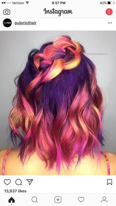 32 Cute Dyed Haircuts To Try Right Now - Hair - Hair Designs Hair Color Dark, Cool Hair Color, Cool Hair Dyed, Fire Hair Color, Elumen Hair Color, Dip Dye Hair, Dye My Hair, Blonde Color, Beautiful Hair Color