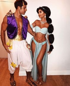 Pictures of Disney Couple costumes - Halloween - Costume Couple Disney, Disney Couple Costumes, Cute Couple Halloween Costumes, Fete Halloween, Adult Halloween, Halloween Couples, Sexy Couples Costumes, Couple Costume Ideas, Halloween Costumes Women Creative