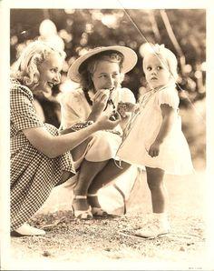 Virginia Bruce, Frances Seymour and daughter Jane Fonda. (Frances Seymour and Henry Fonda are Jane Fonda parents)