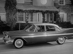 Leave it to Beaver - Ward is driving a 1959 Plymouth. My Dream Car, Dream Cars, Vintage Cars, Antique Cars, Vintage Style, Leave It To Beaver, Plymouth Belvedere, Plymouth Fury, Old Time Radio