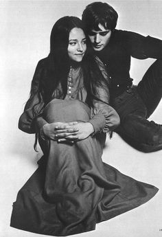2015년 10월 12일 23시 08분 작성 - 1968년도 로미오와 줄리엣으로 유명한올리비아 핫세 (아르헨티나)레너드 위팅 (영국)은 실제로 연인사이였음둘은 사이가 좋았지만,결혼을 원하지 않았던 레너드로 인해서 결별했다고 함그 당시, 둘의 나이가 17,18세쯤이었다고함그 뒤에 많은 세월이 흐른후, 작품이나 사인회에서 종종 만나서아직까지 친구사이로 지내는것