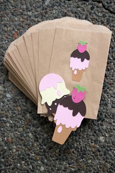 12 Ice Cream Cone Goodie Bags, Birthday, Baby Shower, Party Banner