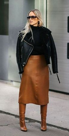 8 Sophisticated Ways To Wear Leather Jacket That Look Chic Any Time # Ideas Skirt Leather Outfit Color Combos Fashion Mode, Look Fashion, Trendy Fashion, Winter Fashion, Fashion Black, Trendy Style, Fashion Clothes, Cool Girl Style, Women's Clothes
