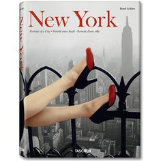 New York, Portrait of a City This book presents the epic story of New York on nearly 600 pages of emotional, atmospheric photographs, from the mid-19th century to the present day. Supplementing this t