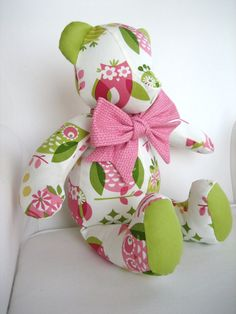 pink and green stuffed plush teddy bear Owl Applique, Machine Embroidery Applique, Applique Designs, Green And Purple, Pink Purple, Bright Green, Pink Color, Pink Dogwood, Book Folding Patterns