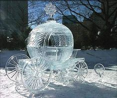 This page has an ice carriage and more ice structures from the Lake Placid , NY Ice Festival.