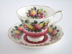 Royal-Albert-England-Bone-China-Surrey-Tea-Cup-And-Saucer-Set