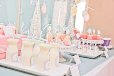 I like this color scheme. Works in both colors for the wedding well. Winter Wonderland Party #winter #party